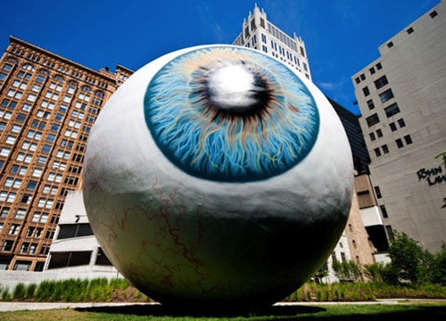 Giant Eyeball Sculpture in Chicago