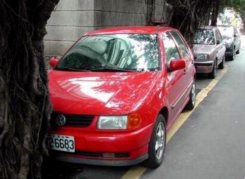Parallel Parking VW Golf