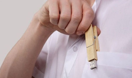 Clothes Peg USB Thumb Drive