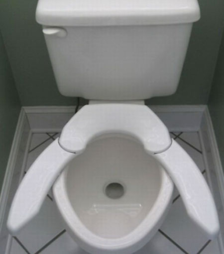 No Lift Spreading Toilet Seat
