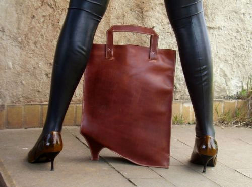Highheel Shaped Hangbag