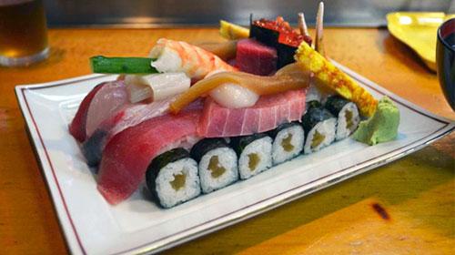 Sensha Sushi Tank Shaped Sushi Dish