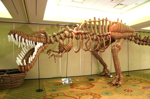 Raptor Dinosaur Balloon Sculpture