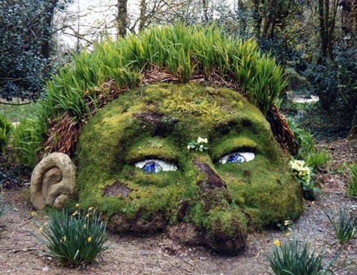 Heliga Garden Giant